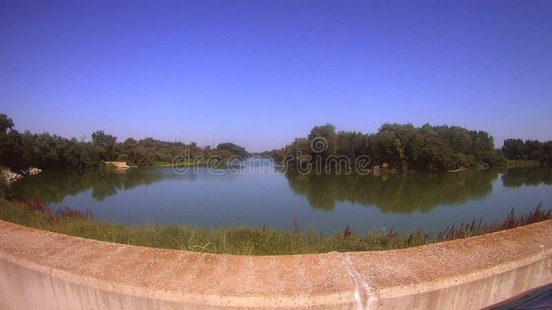 Подпор реки стоковое фото