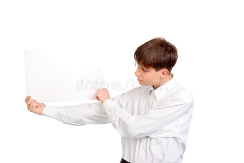 Подросток с пустой бумагой стоковая фотография rf