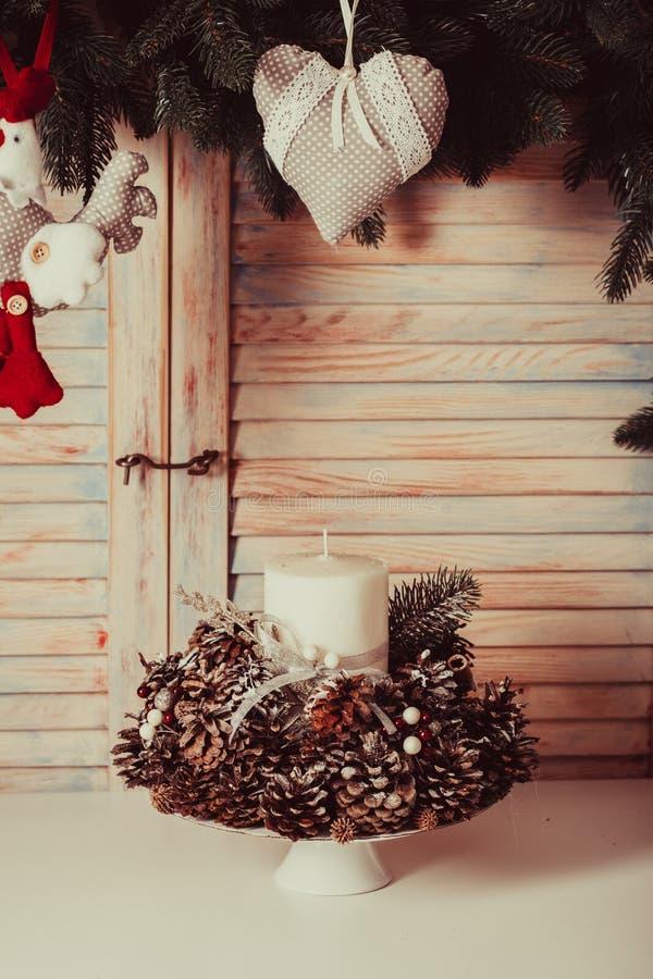 Подсвечник конусов рождества стоковое изображение rf