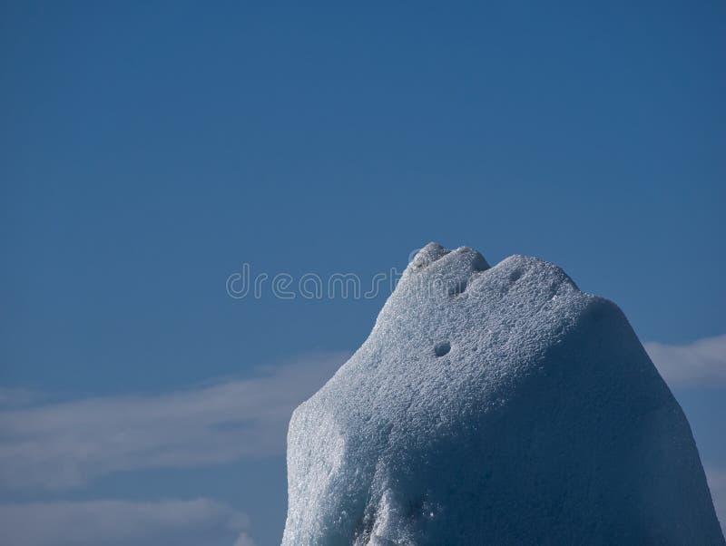 Подсказка ледяного поля в ледниковом озере стоковое изображение rf