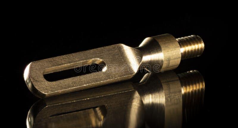 Подсказка чистки оружия на черноте стоковое изображение