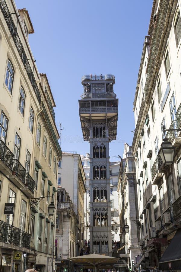 Подъем Лиссабона Санты Justa или подъем Carmo стоковые изображения rf