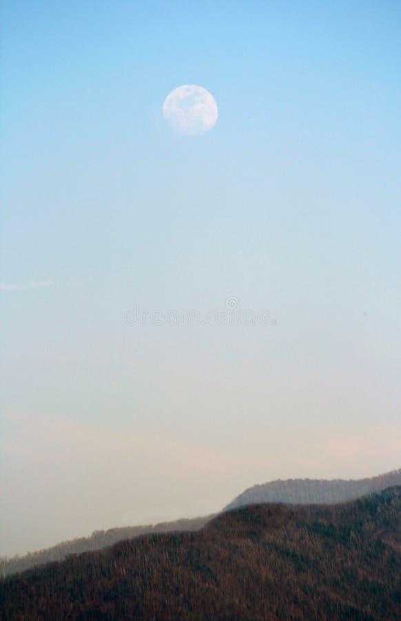 подъем луны бухточки cades стоковое фото
