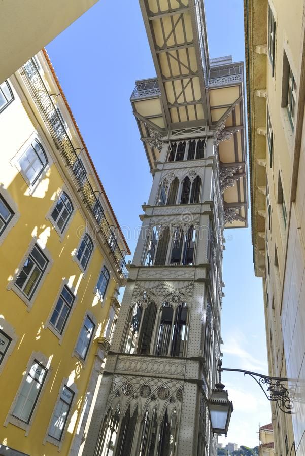 Подъем Санта Justa в Лиссабон, Португалию стоковое фото rf
