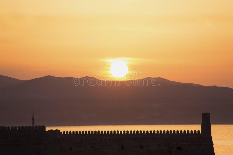 Подъем Солнца в Крит стоковые изображения rf