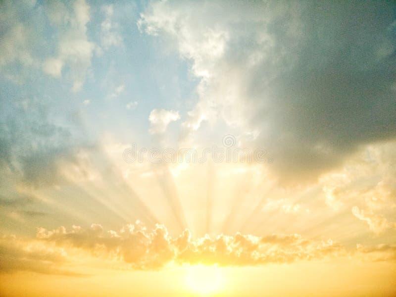 Подъем Солнця стоковые фотографии rf