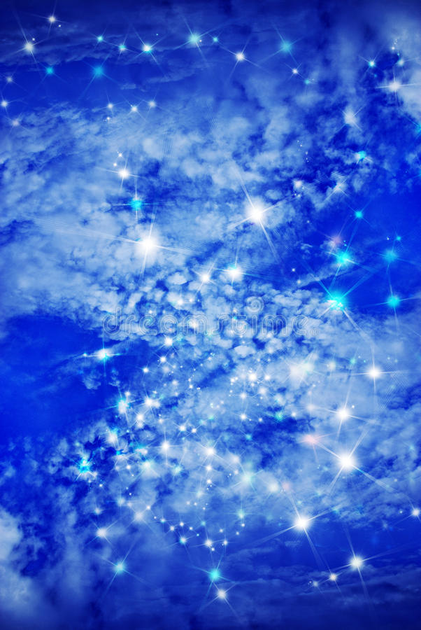 под звездами облаков чем иллюстрация штока