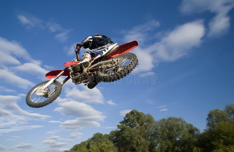 под moto летания стоковая фотография rf