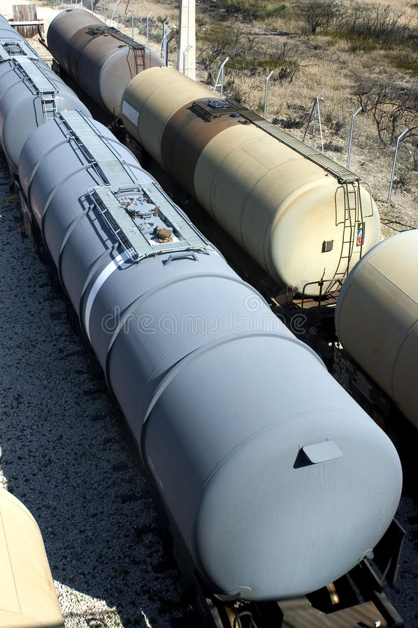 Поезда масла стоковые изображения rf