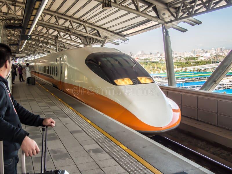 Поезд высокоскоростного рельса Тайваня стоковая фотография rf