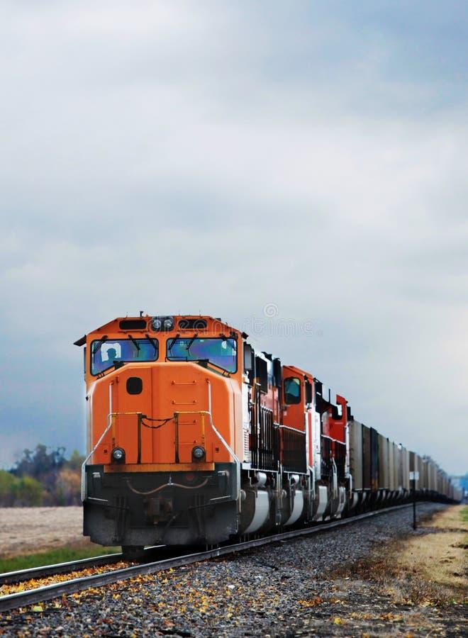 поезд груза стоковое изображение rf