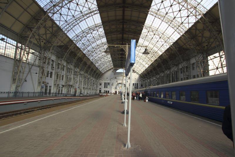 поезд ожиданности стоковое фото