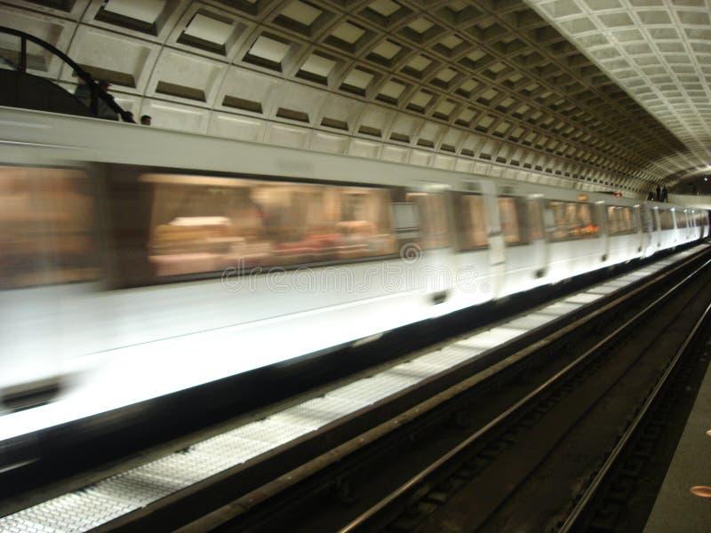 поезд станции метро стоковое фото