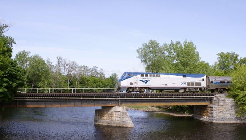 поезд amtrak стоковая фотография