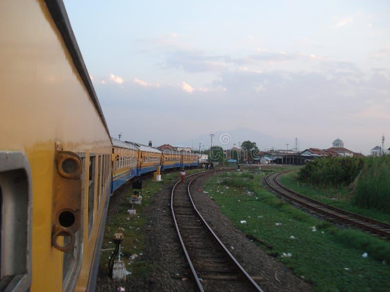Поезд Blora Jaya Ekspres стоковые фотографии rf