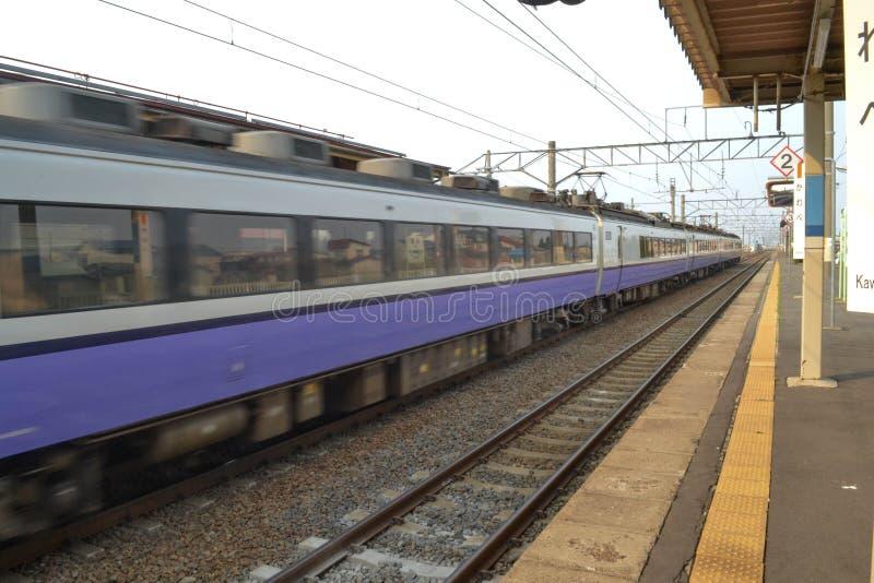 Поезд в Японии стоковая фотография
