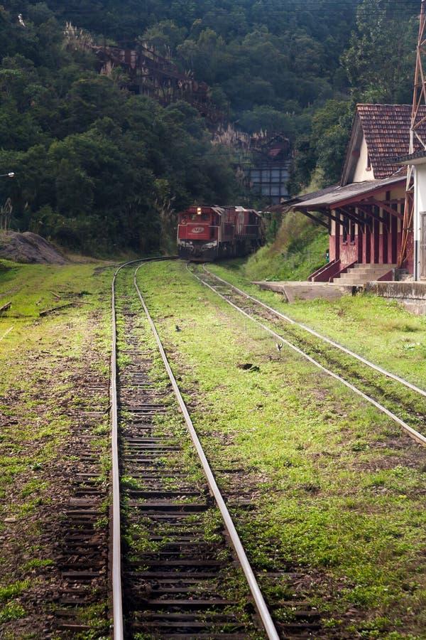 Поезд в Curitiba Parana Бразилии стоковая фотография rf
