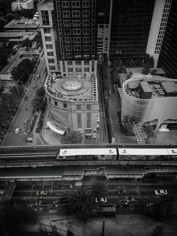 Поезд неба в столичном жителе Бангкока стоковая фотография rf