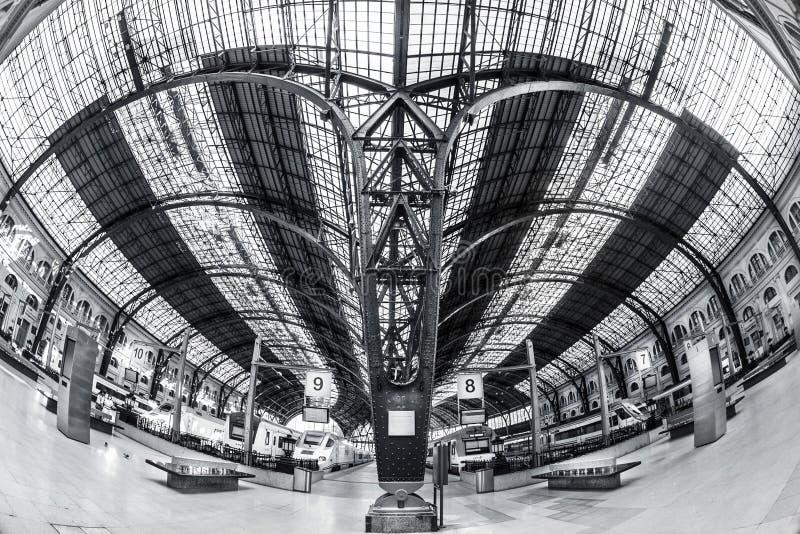 поезд станции barcelona стоковое фото rf