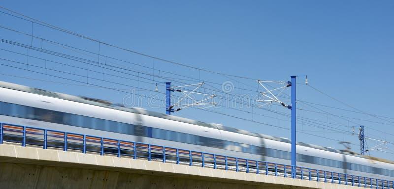 Download Поезд AVE стоковое фото. изображение насчитывающей railroad - 37928912
