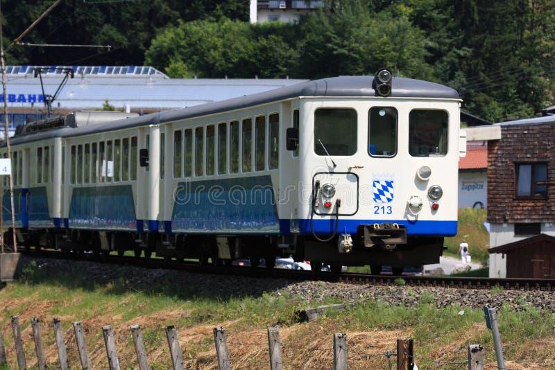 Поезд Cogwheel в Баварии стоковые изображения rf
