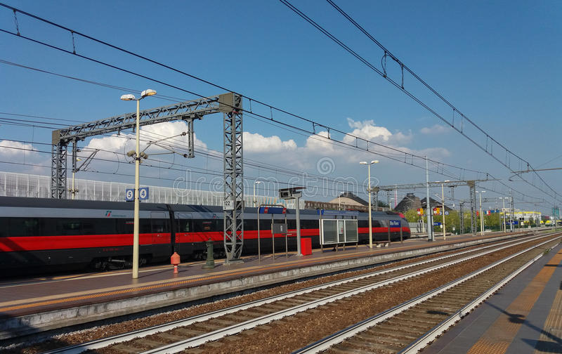 Поезд Frecciarossa междугородный стоковые фото