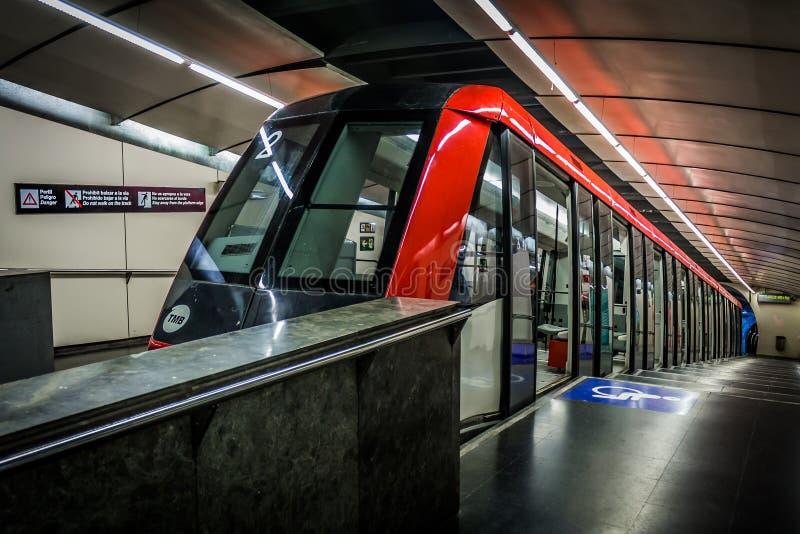 Поезд Montjuic фуникулярный в Барселоне Испании стоковое изображение rf