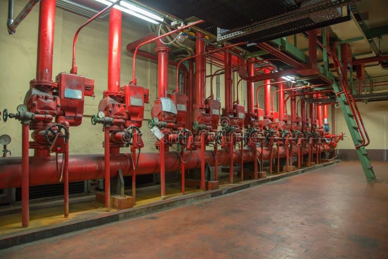 Download Пожарное депо стоковое изображение. изображение насчитывающей инженерство - 41655631