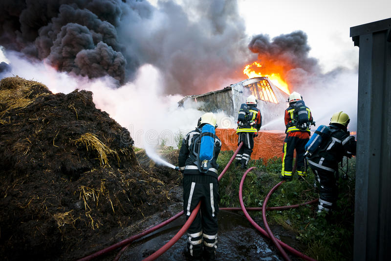 пожарные действия стоковые изображения rf