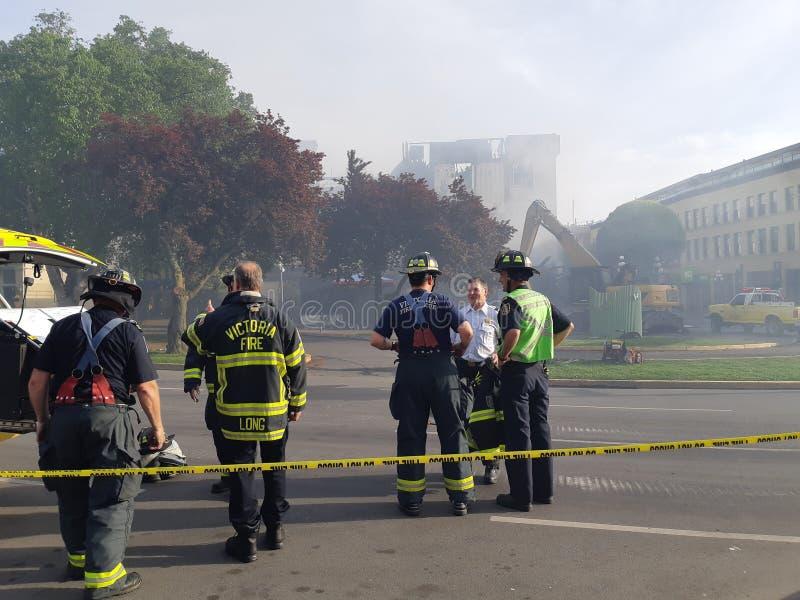 Пожарные на улице в Виктория, Канаде стоковое фото rf