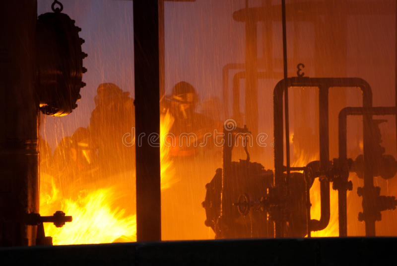 пожарные пожара промышленные стоковые фотографии rf