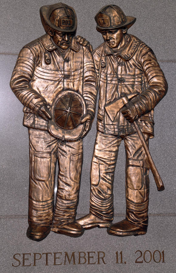 Пожарные упаденные FDNY мемориальные в Бруклине, NY стоковая фотография rf