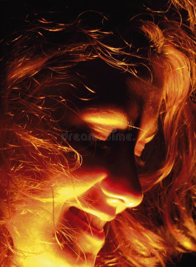 Download пожар стороны стоковое фото. изображение насчитывающей клочковато - 480884