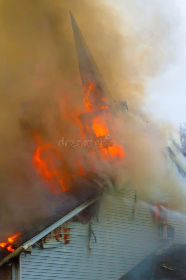 пожар церков стоковое изображение rf