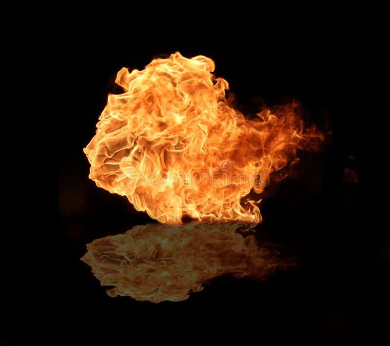 Download пожар стоковое фото. изображение насчитывающей изолировано - 18381322