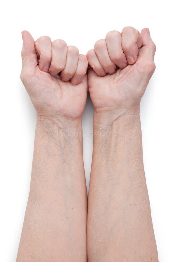 пожилой кулачок вручает краткость человека стоковые изображения