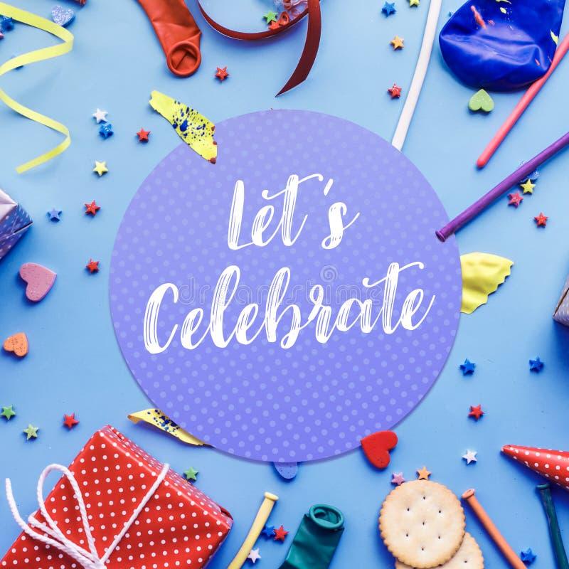 2019 позвольте ` s отпраздновать, party идеи концепций с красочным элементом стоковое фото rf