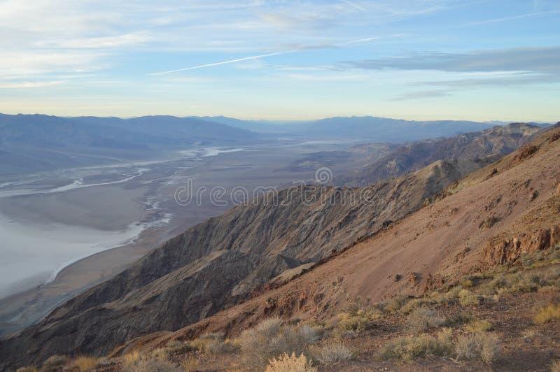 Поздно вечером на взгляде Death Valley Калифорнии ` s Dante стоковая фотография
