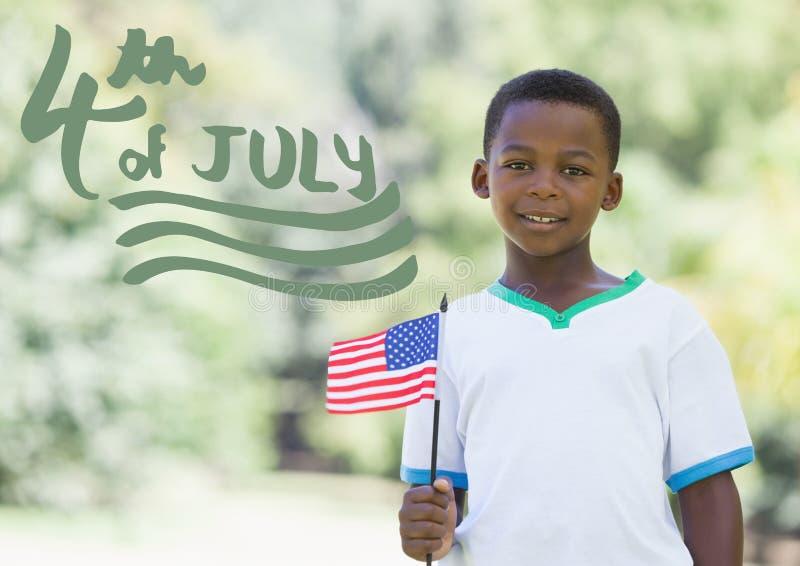Позеленейте четверть графика в июле рядом с мальчиком держа американский флаг стоковое изображение