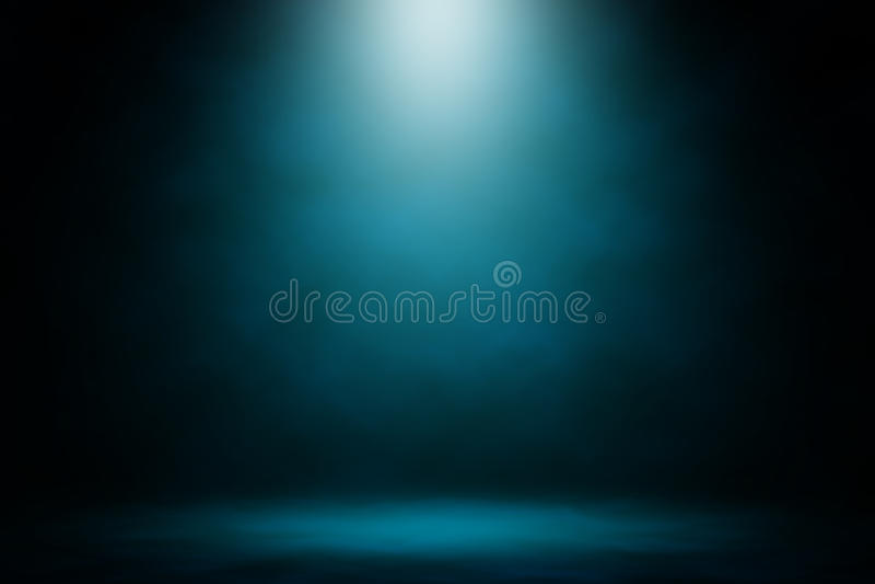 Покажите голубую предпосылку дыма фары стоковая фотография
