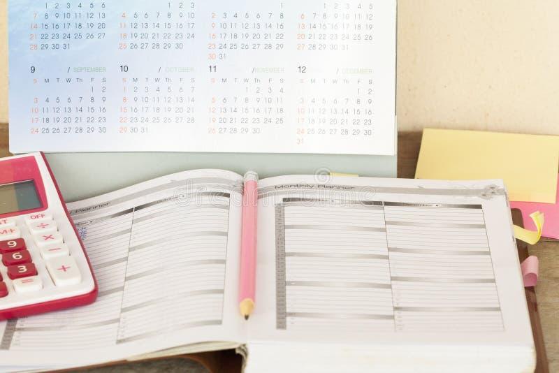 показатель плановика тетради ежемесячный для финансового стоковые фотографии rf