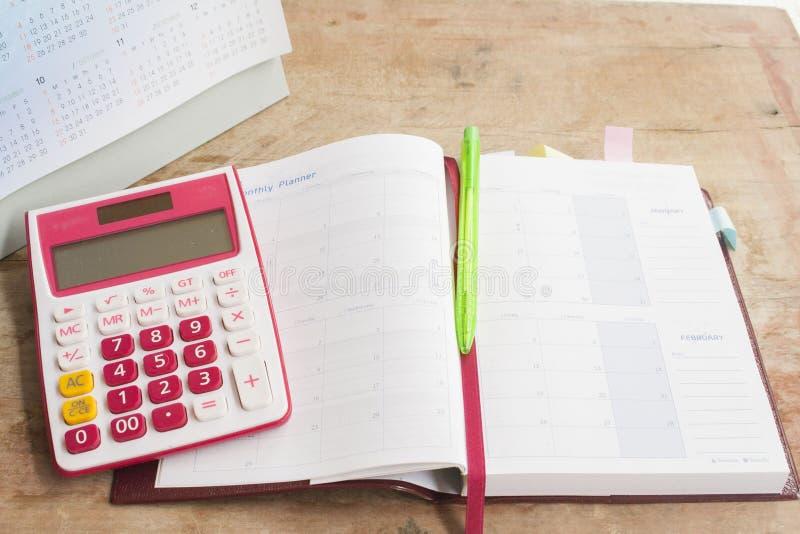 показатель плановика тетради ежемесячный для финансового стоковые изображения rf