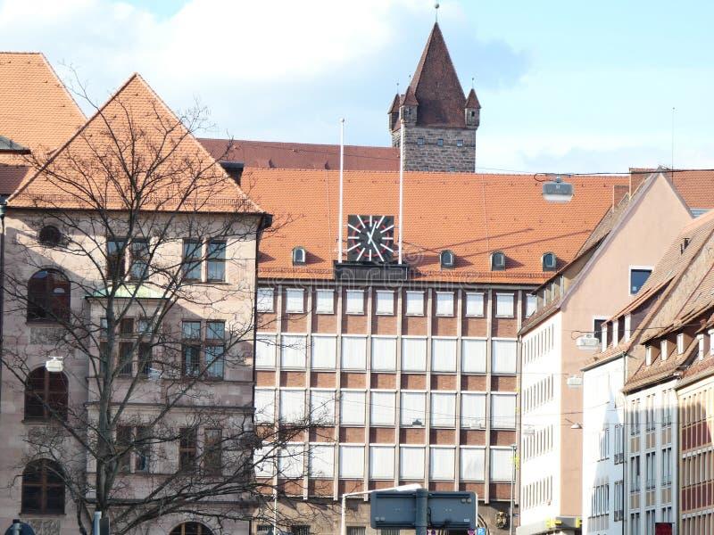 Показывать время в центре города стоковые фото