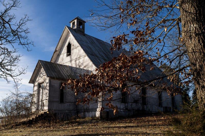 Покинутая деревенская церковь - Олимпия, Кентукки стоковая фотография rf