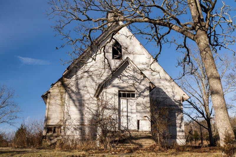 Покинутая деревенская церковь - Олимпия, Кентукки стоковая фотография
