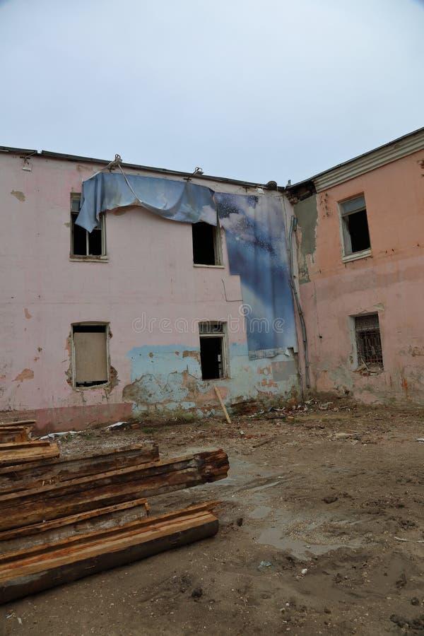 покинутая дом старая стоковое фото rf