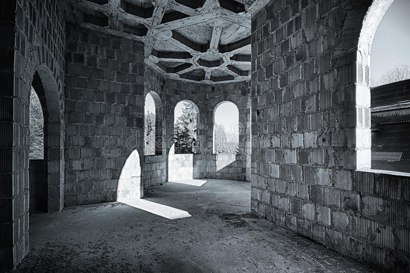 Покинутая комната в замке стоковое изображение rf