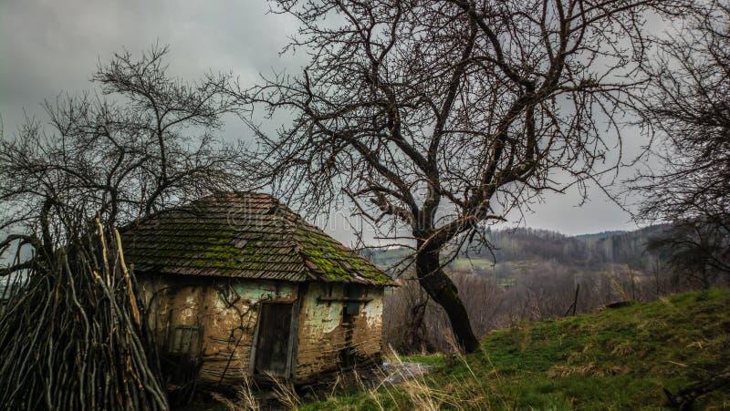 покинутая дом старая стоковая фотография rf