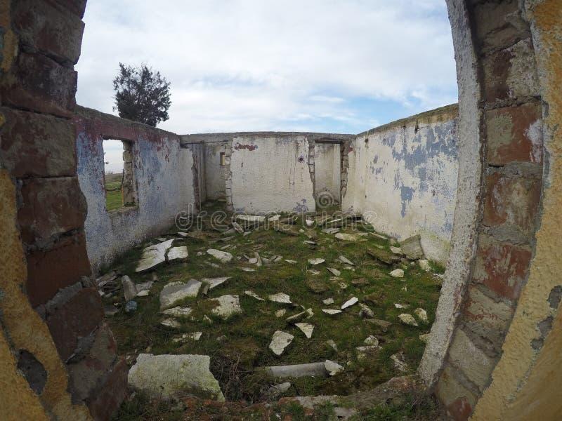 покинутая дом стоковые фото