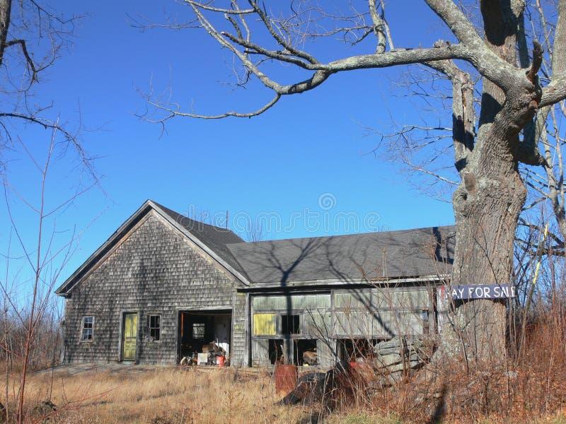 покинутая ферма амбара стоковое изображение rf